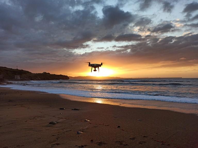 dónde se puede volar un dron